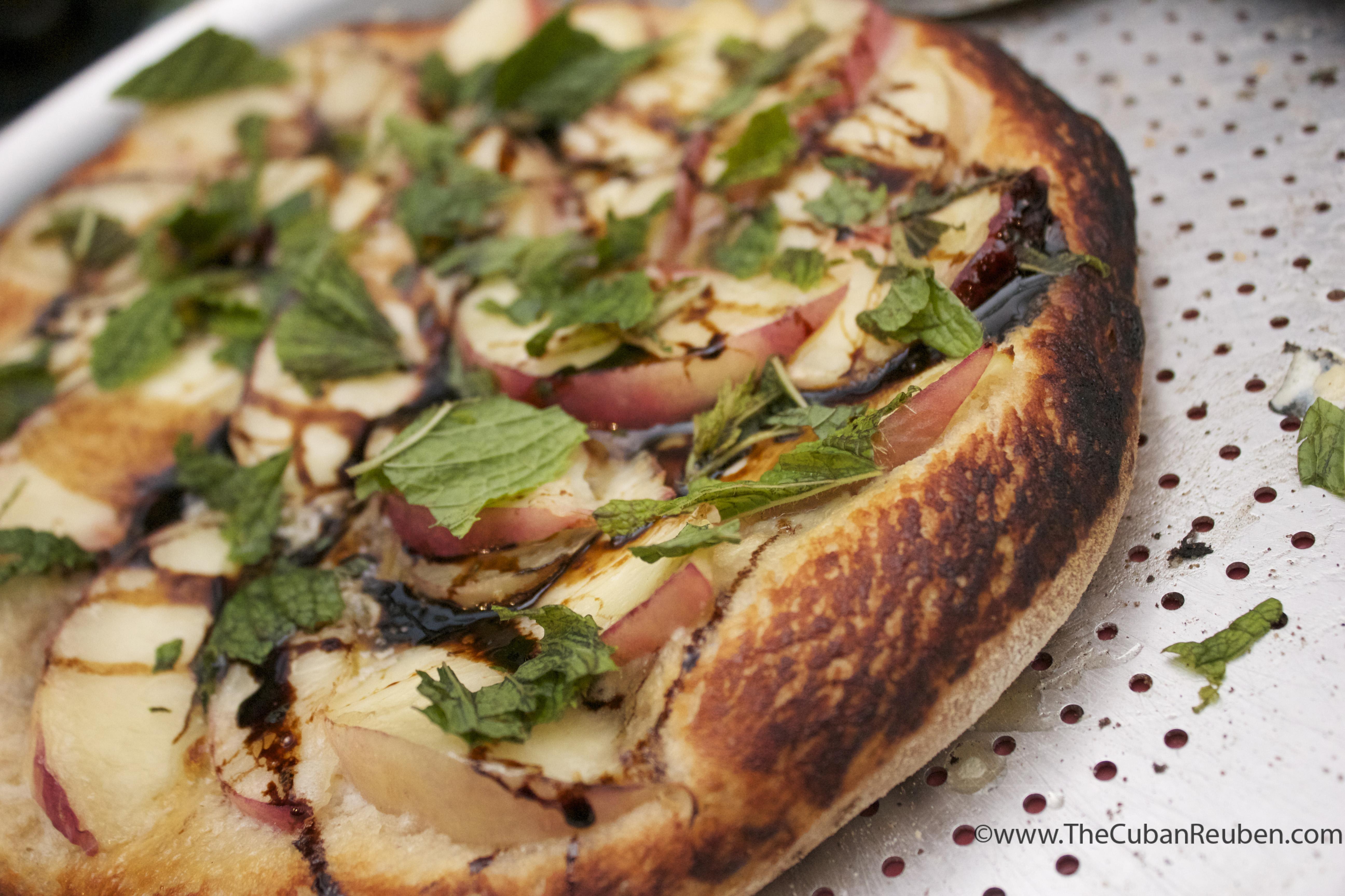 peach and mascarpone pizza